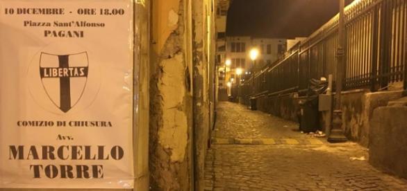 Foto manifesto affiso libera Pagani