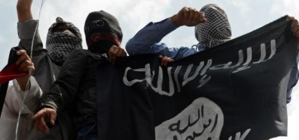 Estado Islâmico continua espalhando o medo.
