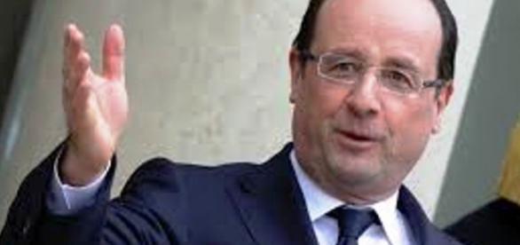 Prezydent Francji buduje koalicję państw
