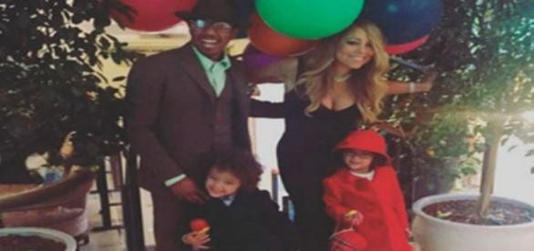 Mariah Carey com os filhos e o ex marido