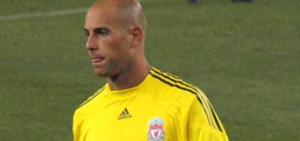 Pepe Reina durante su etapa en el Liverpool