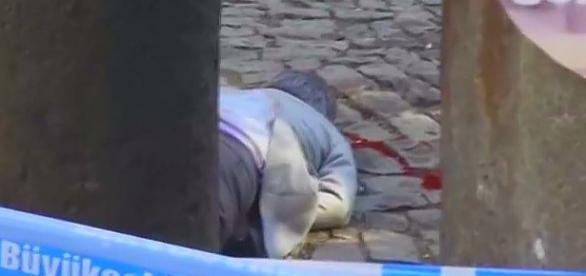 Krew. łzy i bezsilny gniew na tureckich ulicach