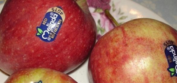 Ce înseamnă eticheta de pe legume și fructe