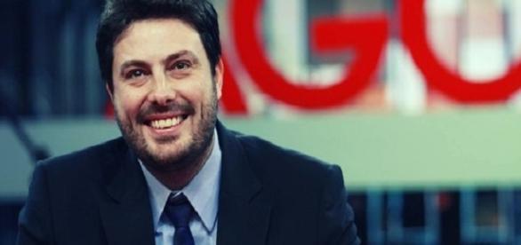 Danilo Gentili ofende fã no Facebook