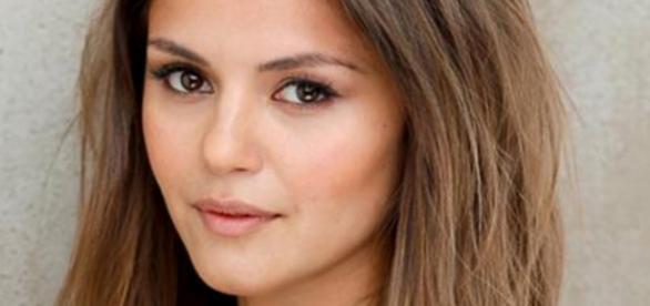Vampire Diaries Nina Dobrev-Kopie Leslie Anne-Huff