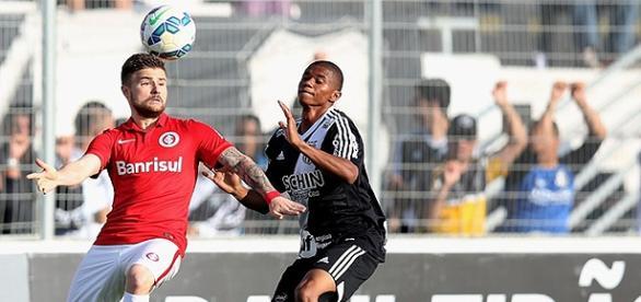 Inter e Ponte Preta se enfrentam no Beira-Rio