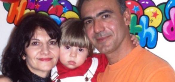 Poză de familie a celor trei care au pierit