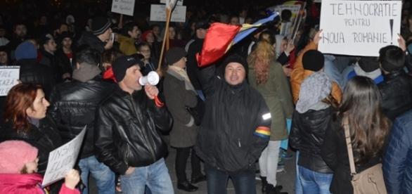 Protest cu peste 500 de persoane la Reşiţa