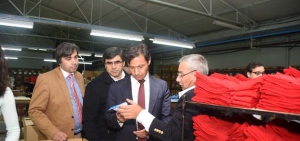 Presidente de Câmara visita empresa