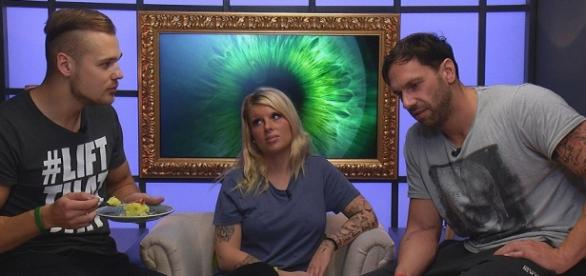 Big Brother: Sharon und Atchi machen blau.