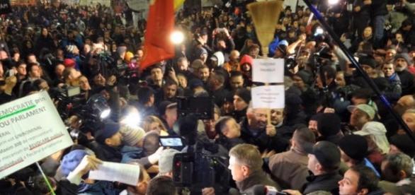 Iohannis în Piaţă Credit foto: Cătălin Georgescu