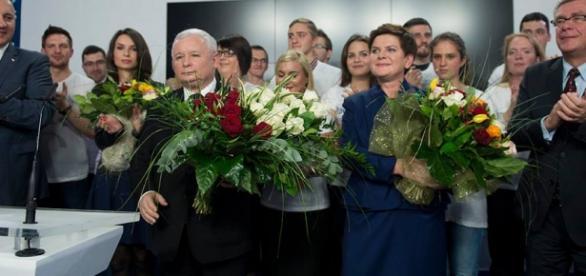 Prezes Jarosław Kaczyński i premier Beata Szydło.