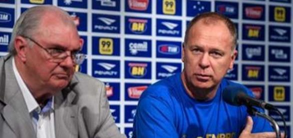 Mano Menezes pode deixar o Cruzeiro ainda hoje.