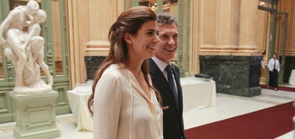 Mauiricio Macri junto a su esposa Juliana Awada