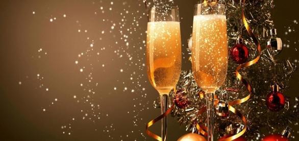 champan en la cena de nochevieja