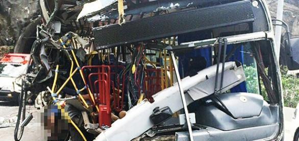 Acidente grave deixa mortos e feridos no RJ
