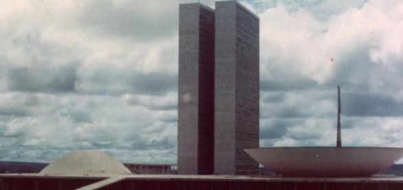 Congresso Nacional : palco de manifestações.