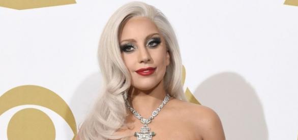 Lady Gaga revela estupro aos 19 anos