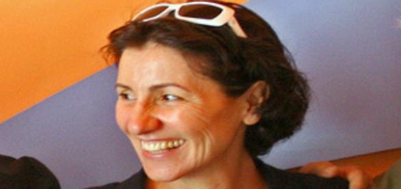 Cássia Kis fala sobre política no Faustão