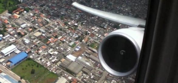Avião com destino ao Brasil é desviado