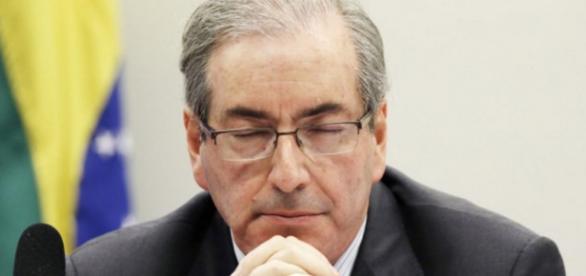 Polícia Federal 'invade' casa de Eduardo Cunha