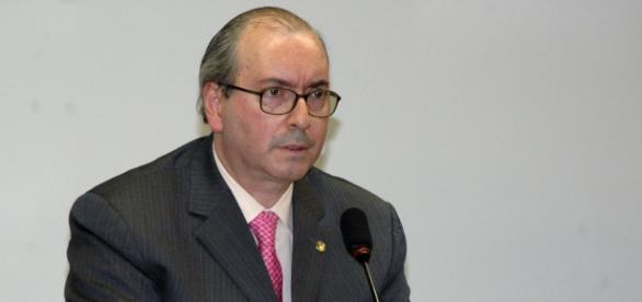 Segue projeto de cassação de Eduardo Cunha