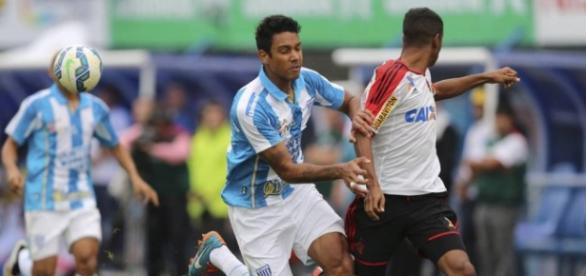 Flamengo pode contratar Antonio Carlos
