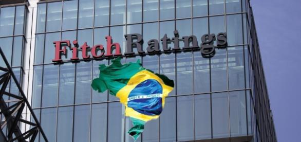 Nota do Brasil é rebaixada na Fitch