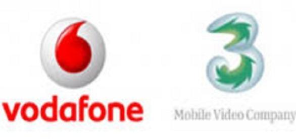 Offerta di Natale Tre e Vodafone: ecco le tariffe ricaricabili ...