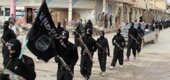 Organização Estado Islâmico rico e poderoso.