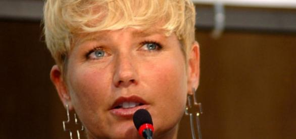 Xuxa lamenta por TV não lhe dar espaço