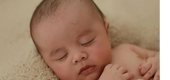 cel mai în vârstă bebeluș din lume
