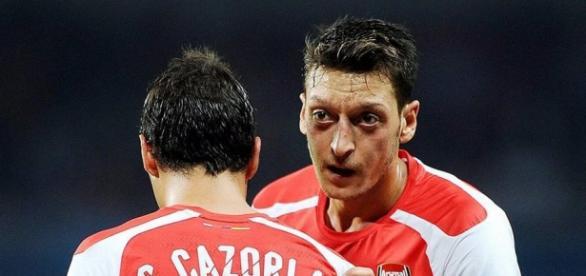 Verlässt Mesut Özil Arsenal London?