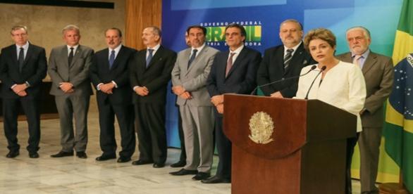 Dilma se pronunciou junto ao núcleo duro doGoverno