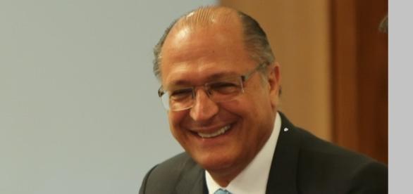 Geraldo Alckmin governador de São Paulo.