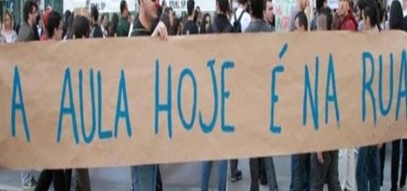 Onda de protestos acontecem em vários locais em SP