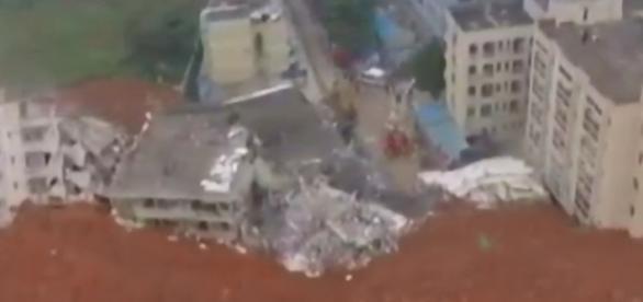 Destruição na China. Imagens do YouTube