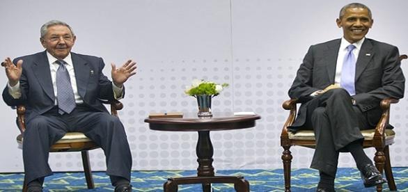 Barack Obama encontra Raúl Castro