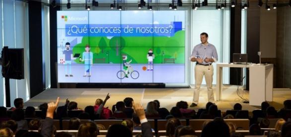 "Microsoft celebrando la ""Hora del Código"" España"