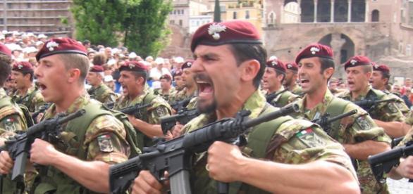 Un gruppo di militari a Beirut