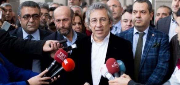 Can divulgou os segredos do governo de Erdogan