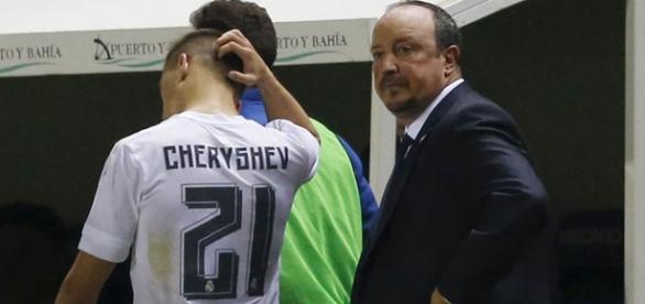 Cheryshev, siendo sustituido frente al Cádiz