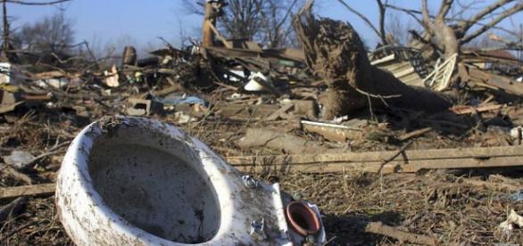 Desolação em área afetada no estado de Dallas