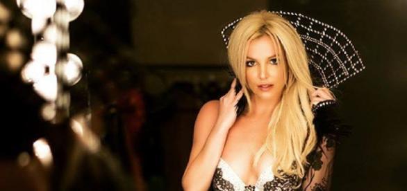 Foto divulgada pelo X-Britney.com.