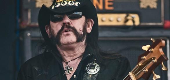 Lemmy Kilmister - wokalista zespołu Motorhead.