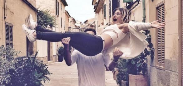 Julienco trägt Bibis Beauty Palace auf Händen