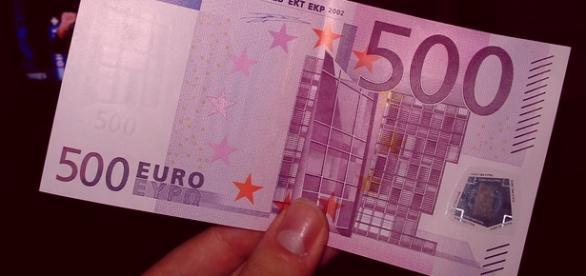 Renzi, Bonus da 500 agli studenti: sì, o no?