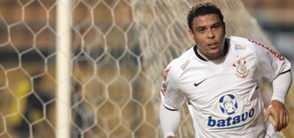 Ronaldo jogou no Corinthians de 2009 a 2011