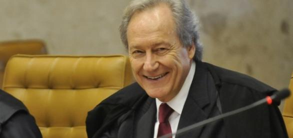 STF anula ação contra Cunha e dificulta DIlma