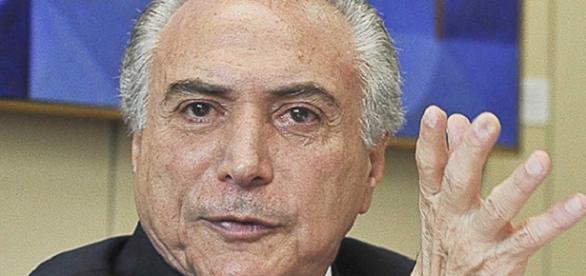 """Ciro Gomes: Michel Temer é o """" capitão do golpe"""""""